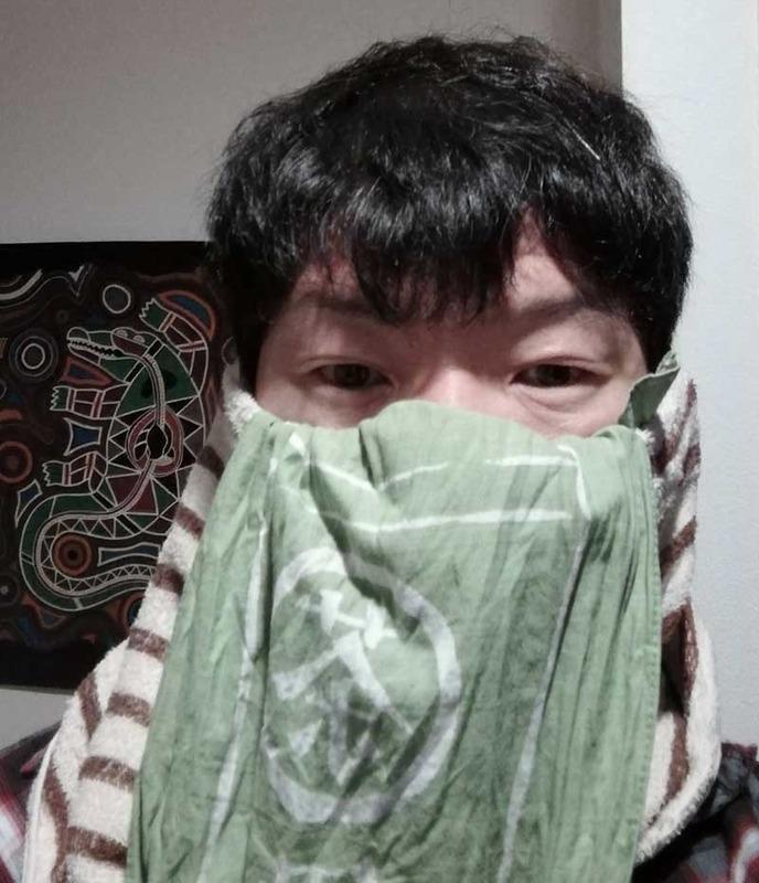 カジュアルなタオルマスク